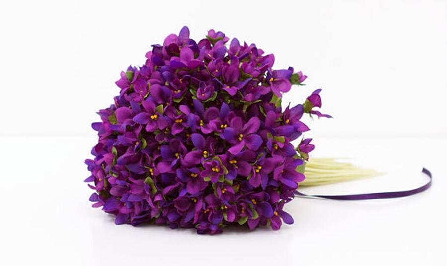 UN RAMITO DE VIOLETAS violetas_10_900x536