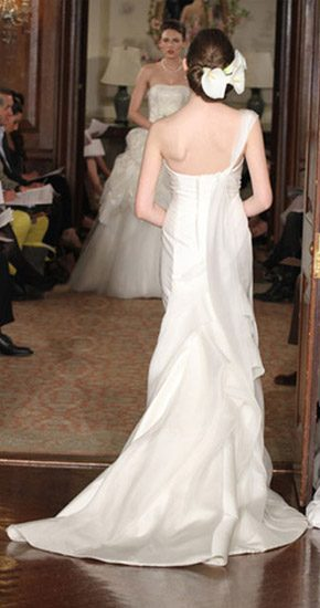 Carolina Herrera Novias 2011 carolina_6_290x550
