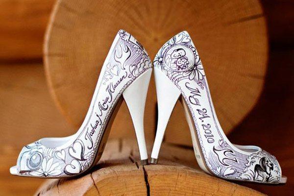 Zapatos de novia con mensaje zapatos_mensaje_6_600x400