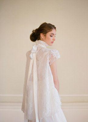 Vestidos de novia con aire parisino manivet_1_290x400