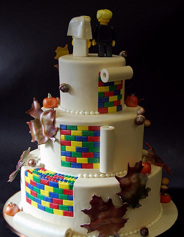 Pastel de bodas con sorpresa pastel_lego_2_600x773