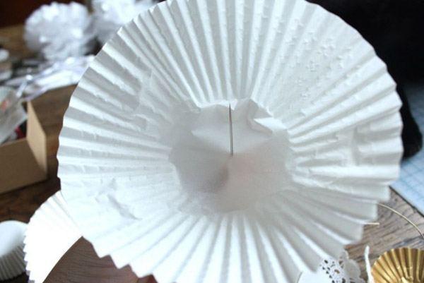 DIY: Guirnaldas con moldes de cupcakes cupcakes_8_600x401
