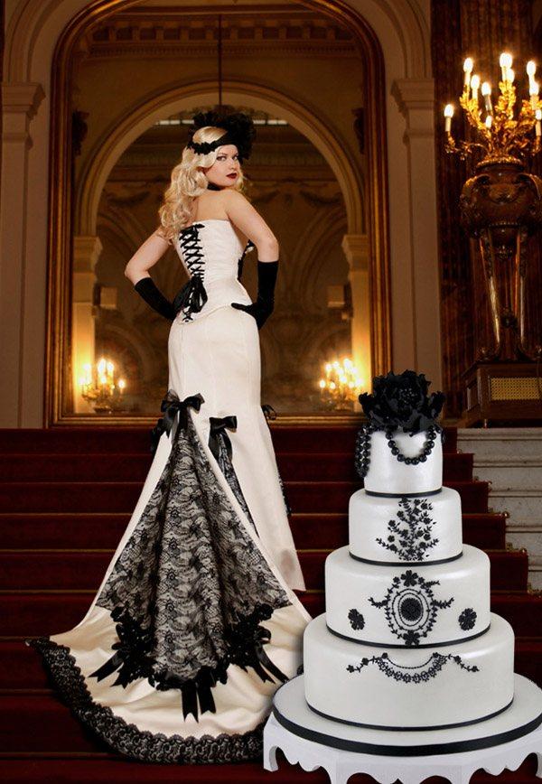 Corsés y pastel de bodas: una combinación perfecta maya_hansen_1_600x868