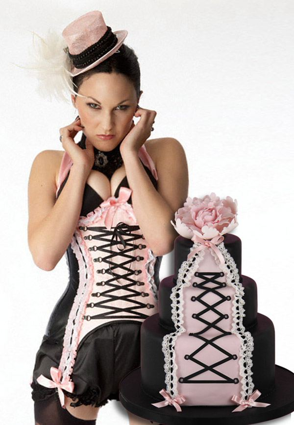 Corsés y pastel de bodas: una combinación perfecta maya_hansen_4_600x868