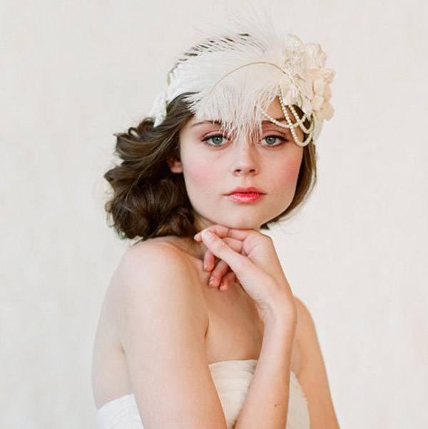 Tocados de novia con plumas tocado_plumas_7_600x602