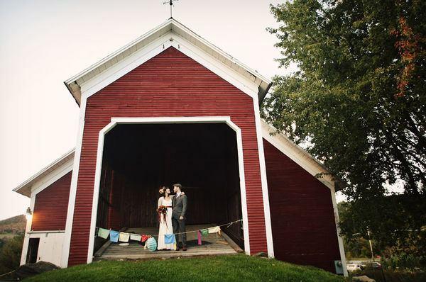 Chayah & Mike: boda en la granja chayah_y_mike_14_600x398