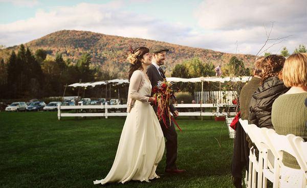 Chayah & Mike: boda en la granja chayah_y_mike_3_600x367