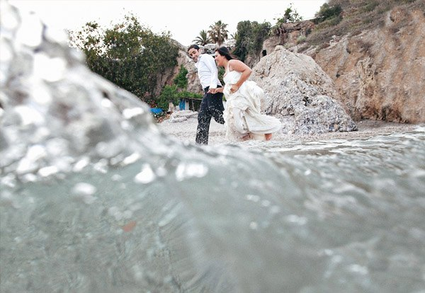 Lorena & Pepe: trash the dress lorena_y_pepe_7_600x414