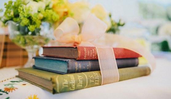 sitting_libros_8_