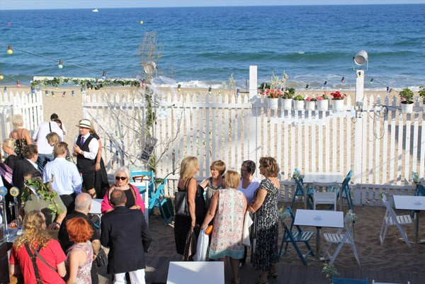 Alex & Anna: boda en el beach club alex_y_anna_11_600x401