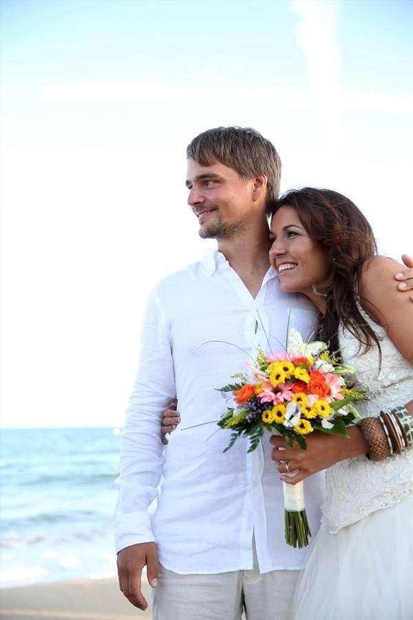Alex & Anna: boda en el beach club alex_y_anna_15_600x900