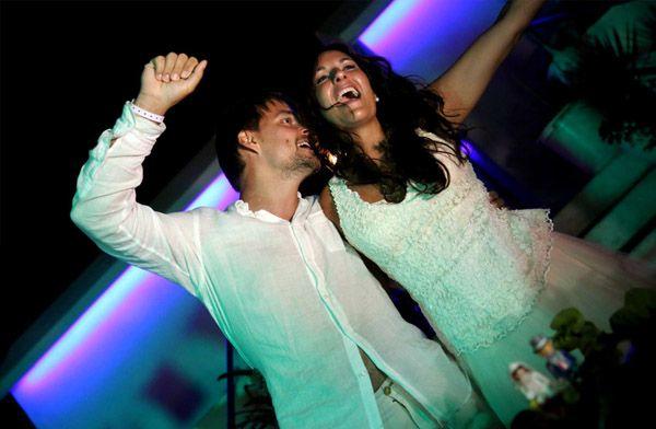 Alex & Anna: boda en el beach club alex_y_anna_23_600x392