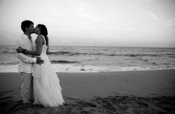 Alex & Anna: boda en el beach club alex_y_anna_24_600x392
