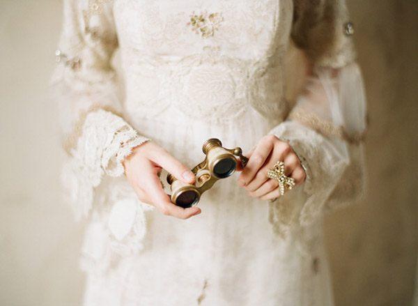 Colección Beau Monde de Claire Pettibone messina_y_claire_7_600x439