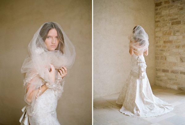 Colección Beau Monde de Claire Pettibone messina_y_claire_8_600x407