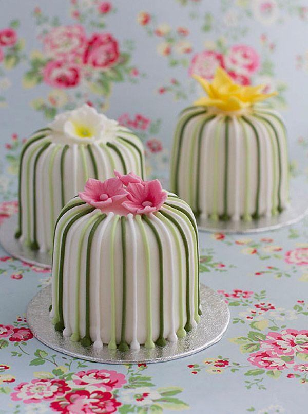 Mini pasteles de boda mini_tarta_1_600x804
