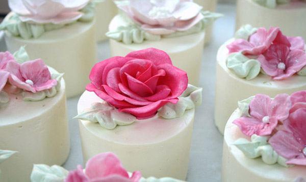 Mini pasteles de boda mini_tarta_2_600x358