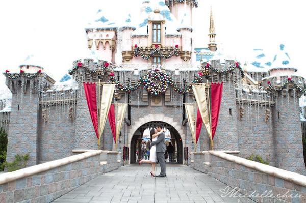 Pre-boda navideña en Disneyland Park disney_2_600x399