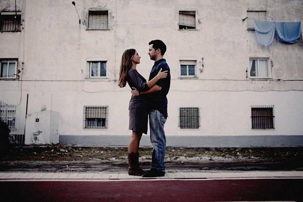 Margarita & Javier: pre-boda en el muelle biasi_15_600x400