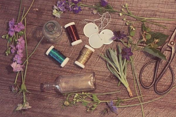 Diy: guirnalda con botellas guirnalda_botellas_3_600x400