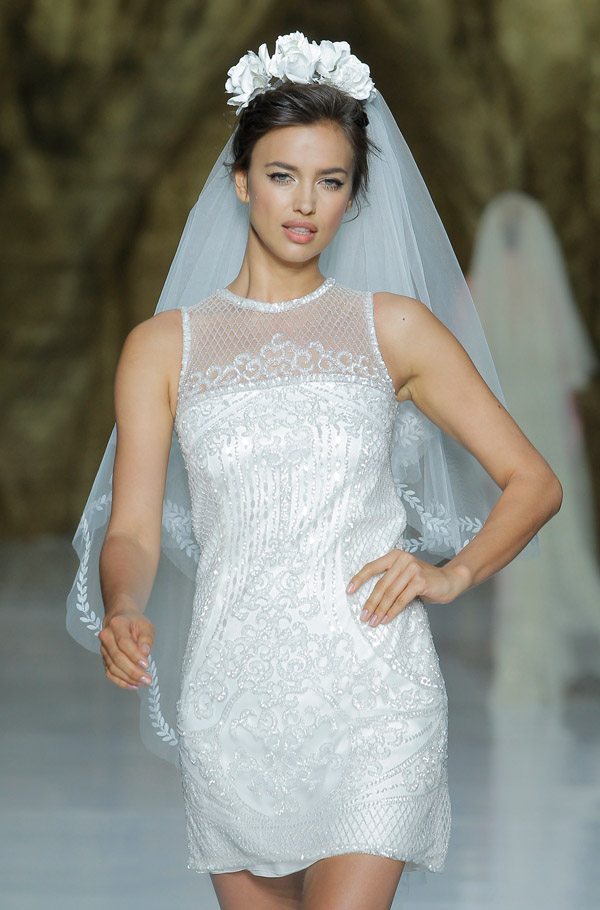 Pronovias 2014: First Love pronovias14_14_600x910