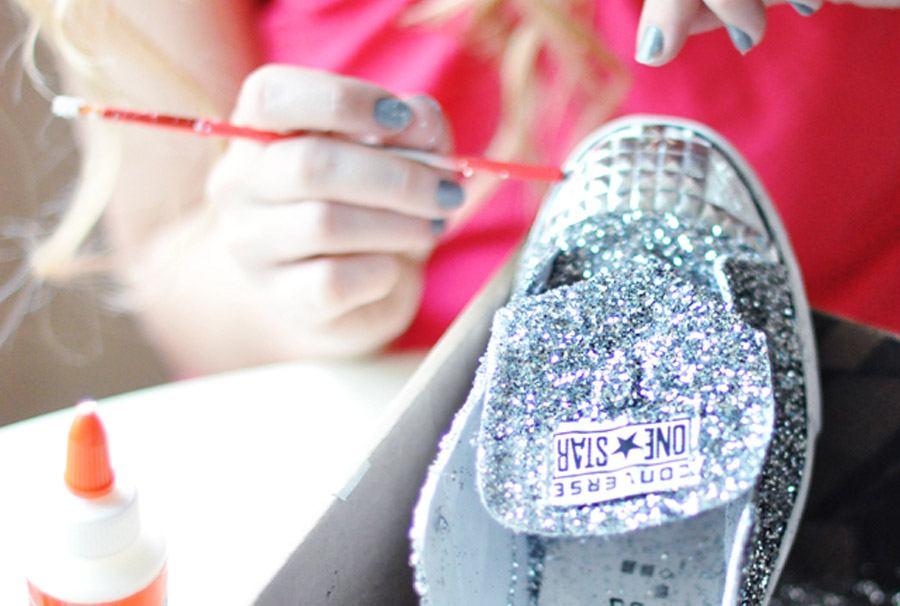 DIY: ZAPATOS GLITTER zapatos_glitter_12_900x606
