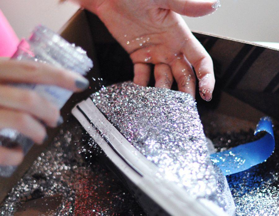 4be4a6456949 Diy zapatillas glitter 7