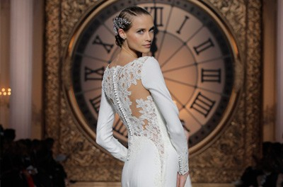 PRONOVIAS FASHION SHOW 2016: ONCE UPON A TIME pronovias_2016_15_