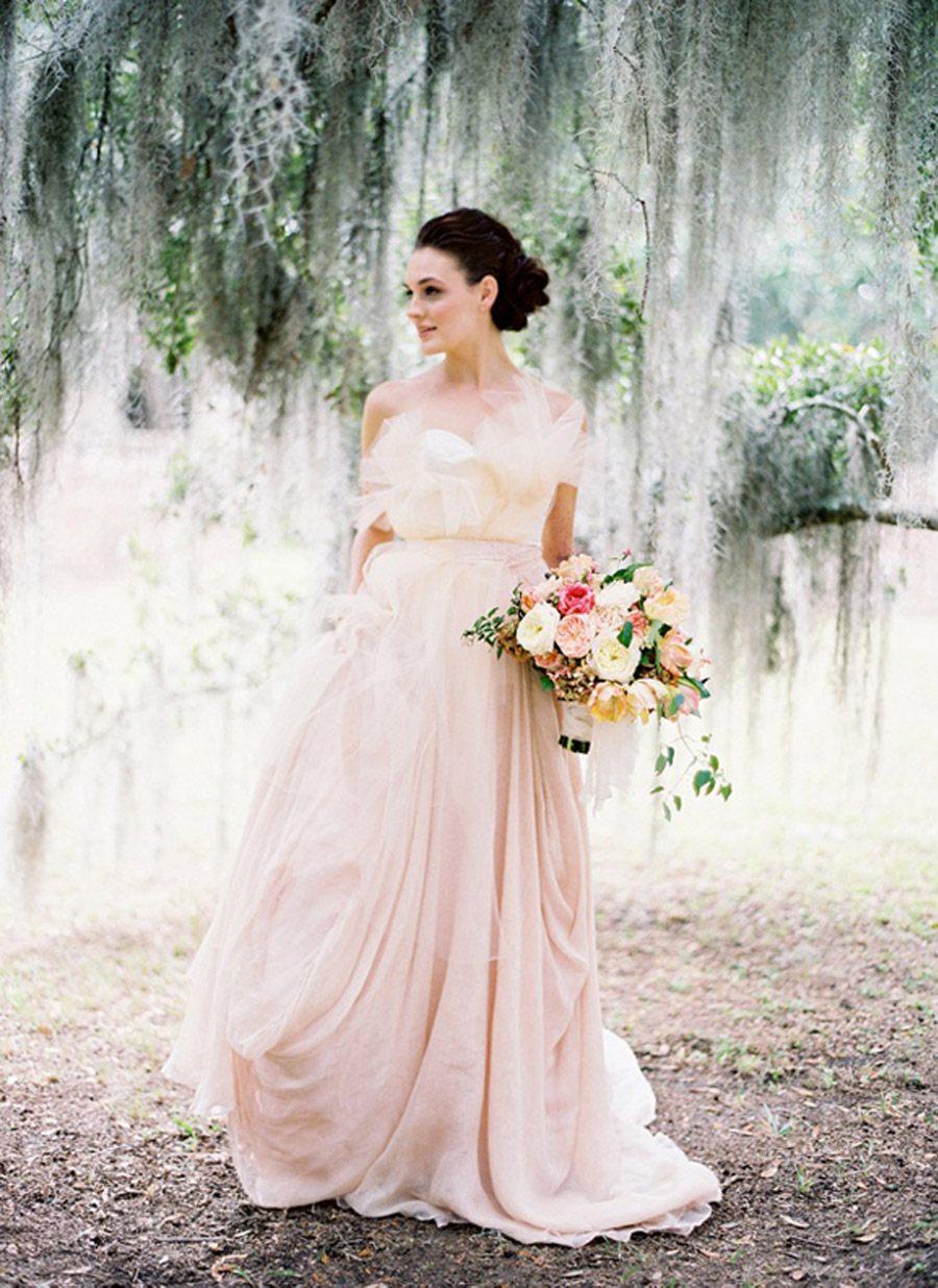 VESTIDOS DE NOVIA EN ROSA CUARZO vestido-novia-rosa