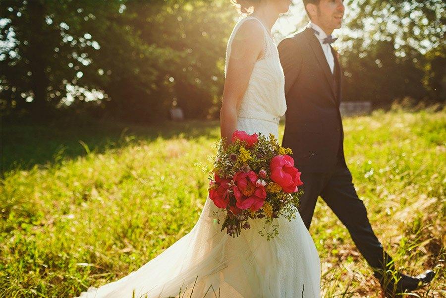ELI & SANTI: UNA BODA MUY FAMILIAR boda-aire-libre