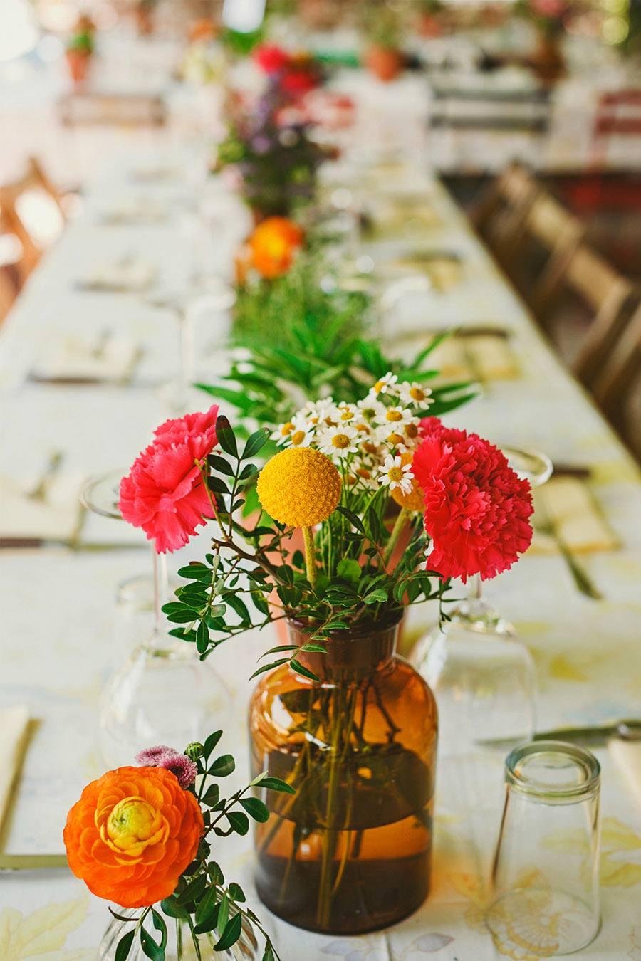 ELI & SANTI: UNA BODA MUY FAMILIAR boda-al-aire-libre