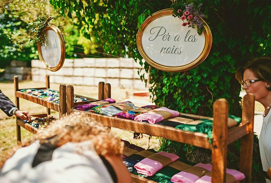 ELI & SANTI: UNA BODA MUY FAMILIAR bodas-aire-libre