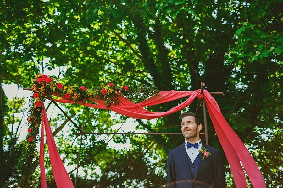 ELI & SANTI: UNA BODA MUY FAMILIAR bodas-campo
