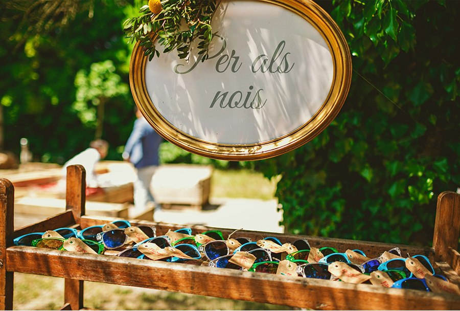 ELI & SANTI: UNA BODA MUY FAMILIAR bodas-emporda
