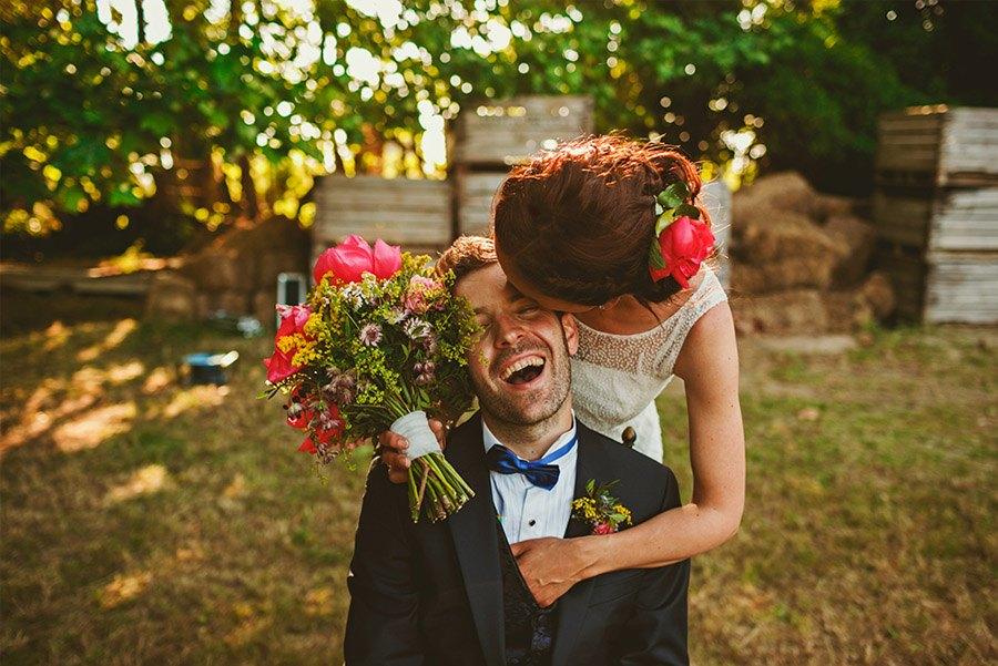 ELI & SANTI: UNA BODA MUY FAMILIAR bodas-naturaleza
