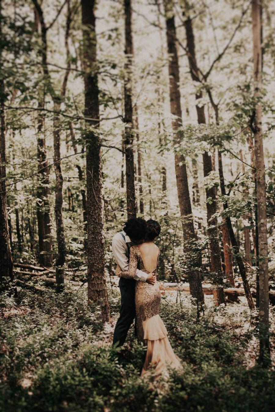 HANNAH & TAI: BODA CON SABOR SALVAJE boda-en-bosque