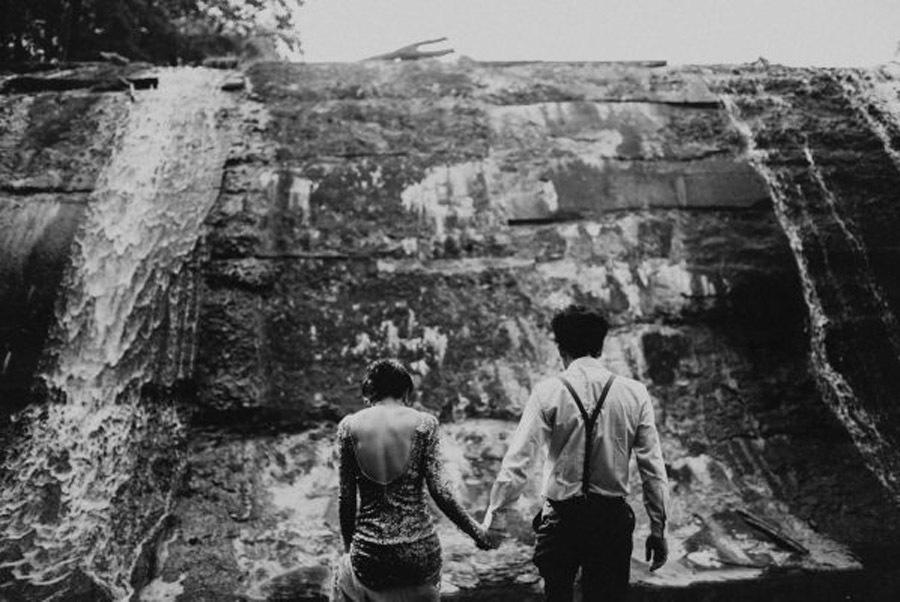HANNAH & TAI: BODA CON SABOR SALVAJE bosque-bodas