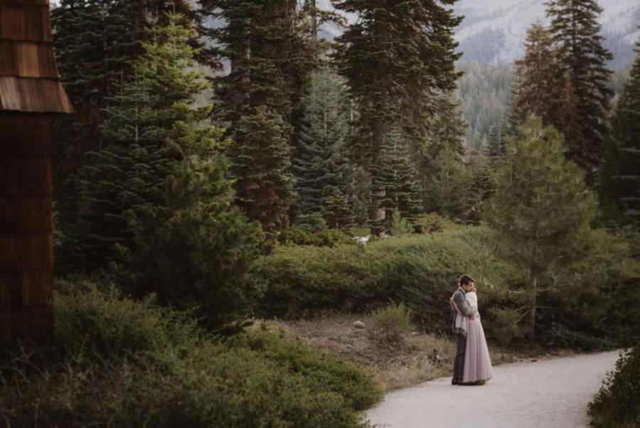 JULIA & JEFFREY: UNA SENCILLA BODA EN EL BOSQUE boda-natural