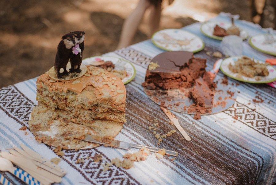 JULIA & JEFFREY: UNA SENCILLA BODA EN EL BOSQUE picnic-boda