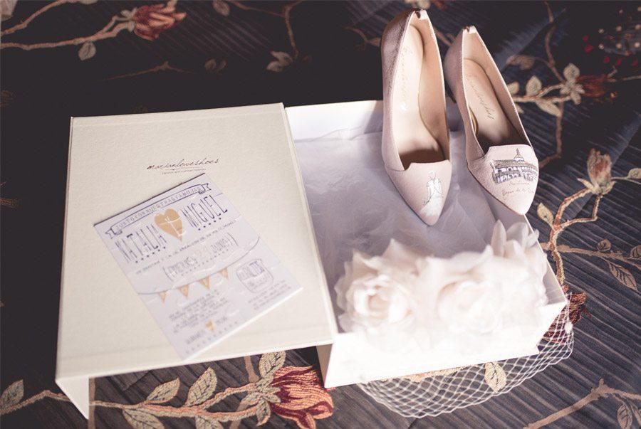 NATALIA & MIGUEL: BODA CAMPERA zapatos-novia