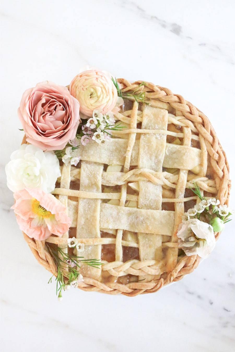TARTA DE MANZANA CON FLORES boda-tarta-manzana