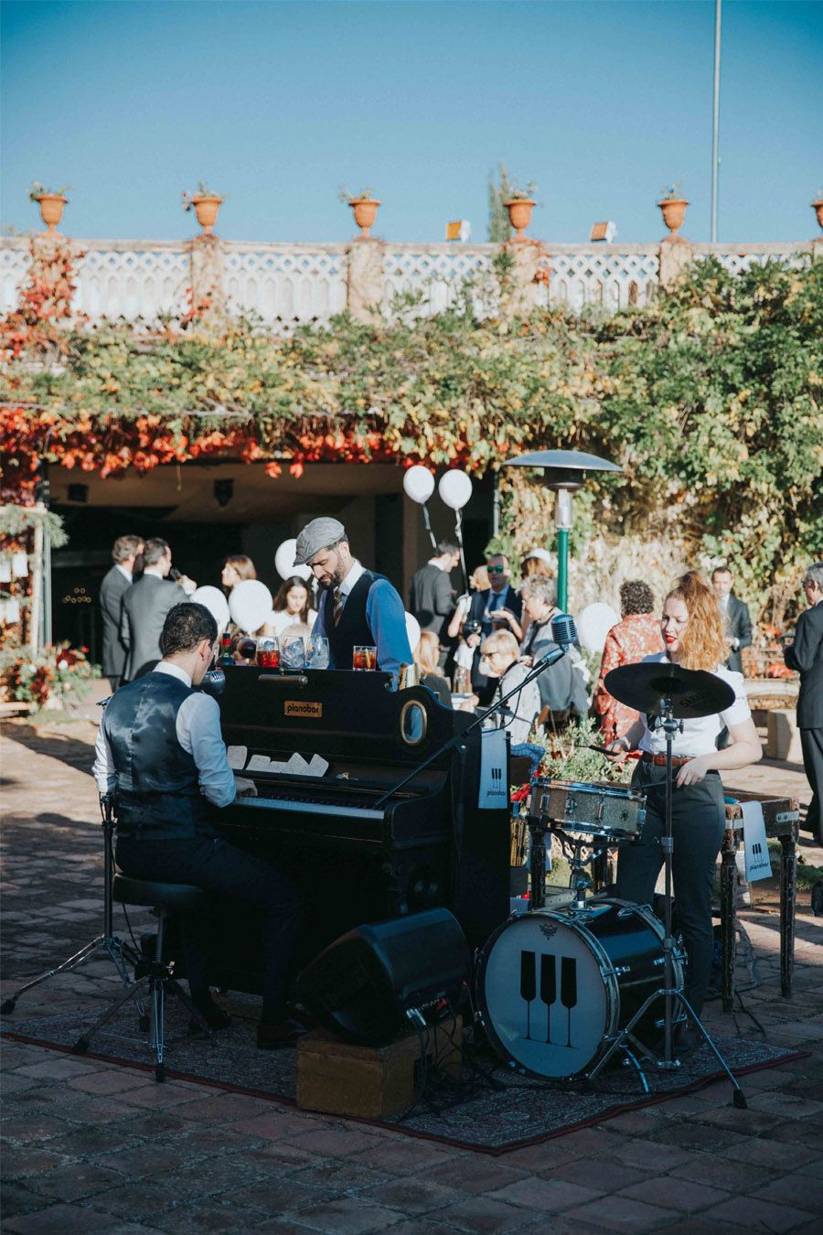 MARTA & ANDRÉS: DULCE BODA DE OTOÑO musica-boda