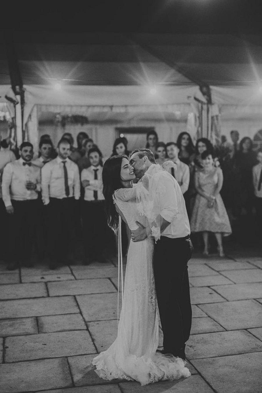 AMY & ADAM: LA CALMA DE LA FELICIDAD boda-boho