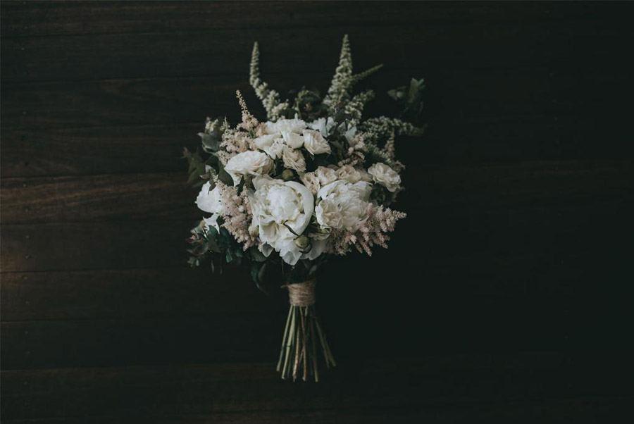 AMY & ADAM: LA CALMA DE LA FELICIDAD novia-ramo
