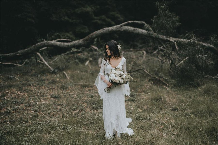 AMY & ADAM: LA CALMA DE LA FELICIDAD vestido-novia-1