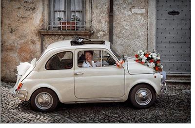 LLEGAR A TU BODA EN UN 600 600-coches-boda
