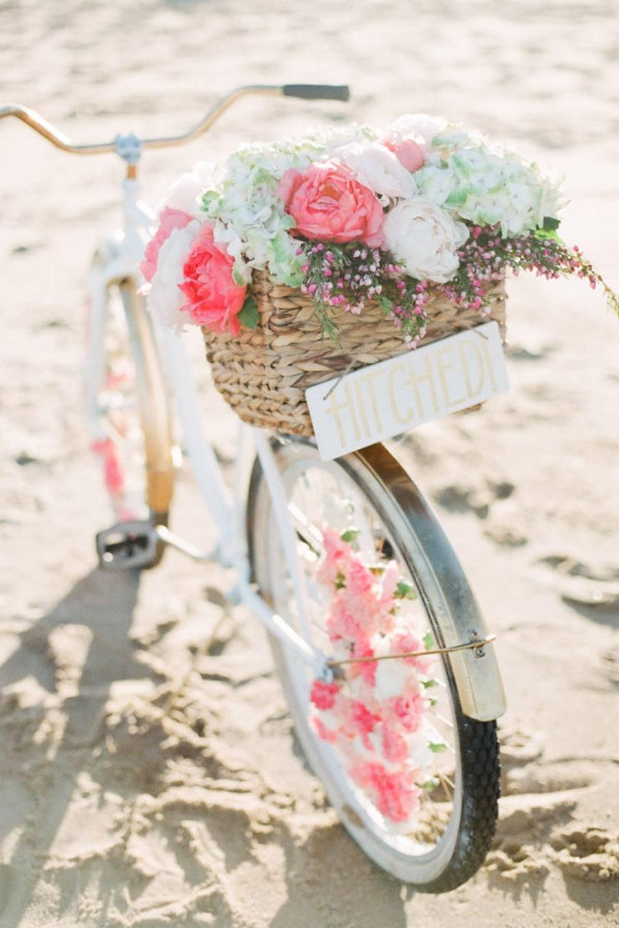 DIY: BICICLETA CON FLORES bici-boda-flores