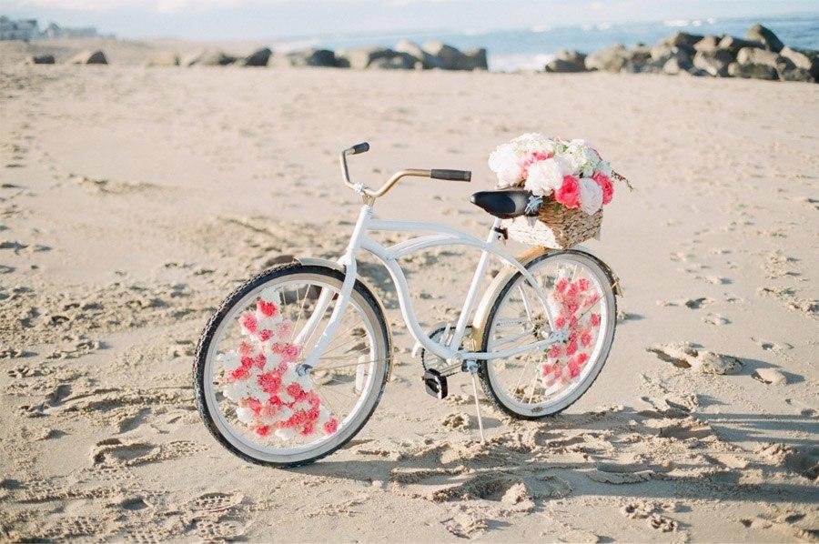 DIY: BICICLETA CON FLORES bicicleta-boda