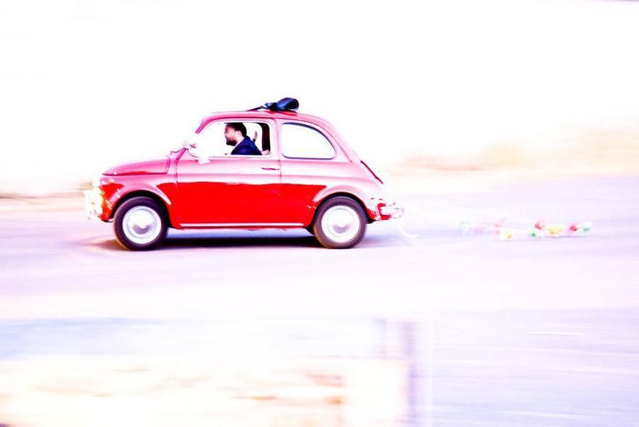 LLEGAR A TU BODA EN UN 600 coches-boda-600
