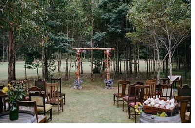 KAT & MICHAEL: UNA BODA JUNTO AL RÍO deco-boda-boho